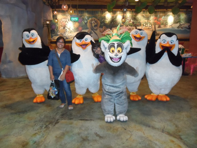 I love the Madagascar penguins!!! This is my fav shot :D